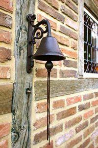 Antikas Cloche, jolie cloche pour le jardin, qui a du cachet sur la porte d'entrée comme une antiquité et avec un son superbe de la marque Antikas image 0 produit