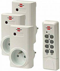 Brennenstuhl Set de télécommande avec 3 récepteurs & émetteur 4 canaux, kit commutateur à onde avec prise & fiche (2P+T 16A/230V~), blanc, Quantité : 1 de la marque Brennenstuhl image 0 produit