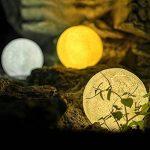 Lampe Lune 3D, Cuitan Tactile Lumière de Nuit 3 Couleur Ajustables USB Rechargeable Veilleuse de Chevet (Contrôle Tactile, 13cm) avec Mont en Bois pour Anniversaire, Chambre, Décoratif, Amis de la marque Cuitan image 3 produit
