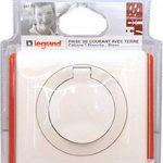 Legrand 099170 Céliane Prise avec terre étanche, 250 V, Blanc de la marque Legrand image 1 produit