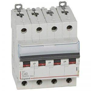 Legrand LEG407902 Disjoncteur dx 6000 Vis/Vis 4P 400 V 40 A 10 kA Courbe C Peigne hx trad 4P 4 m de la marque Legrand image 0 produit