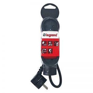 Legrand LEG50033 Rallonge multiprise standard 3 prises 2 pôles avec terre et cordon de 1,5 m Noir de la marque Legrand image 0 produit