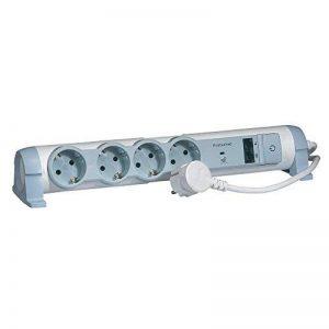 Legrand LEG50034 Multiprises multimédia avec prises de courant/prises informatique/téléphone de la marque Legrand image 0 produit