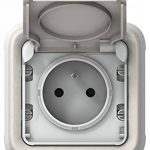 Legrand LEG69870 Plexo Prise de courant avec terre encastré Blanc de la marque Legrand image 1 produit