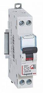 Legrand LEG92822 Disjoncteur DNX³ 3000 U+N 230 V 10 A de la marque Legrand image 0 produit