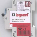 Legrand LEG92823 Disjoncteur DNX³ 3000 U+N 230 V 16 A de la marque Legrand image 1 produit